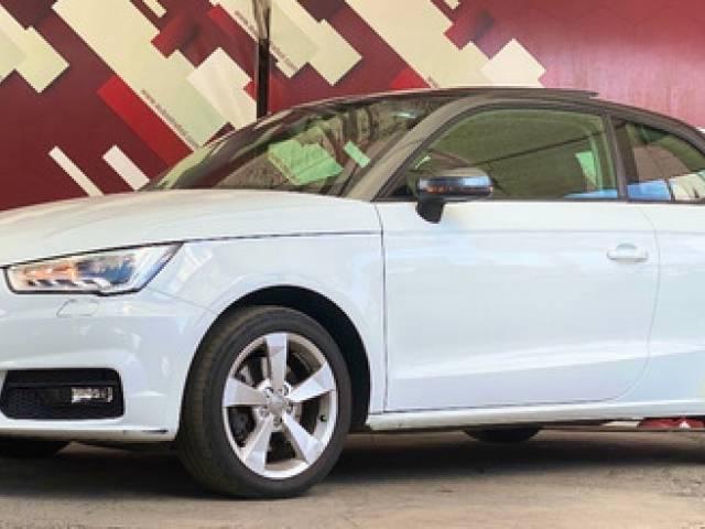 Audi A1 1.4 Ego S-tronic Dsg Hatchback blanco automático $298.000
