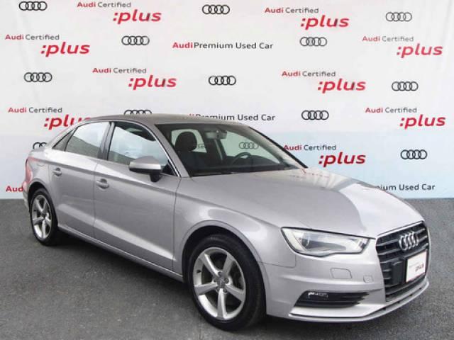 Audi A3 4p Sedán Ambiente L4/1.8/T Aut usado 79.865 kilómetros dirección asistida $270.000