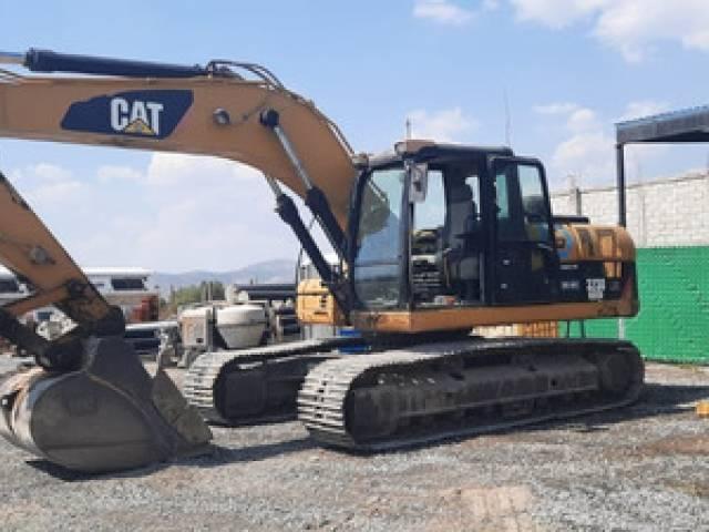 CAT CAT323 D usado $2.300.000